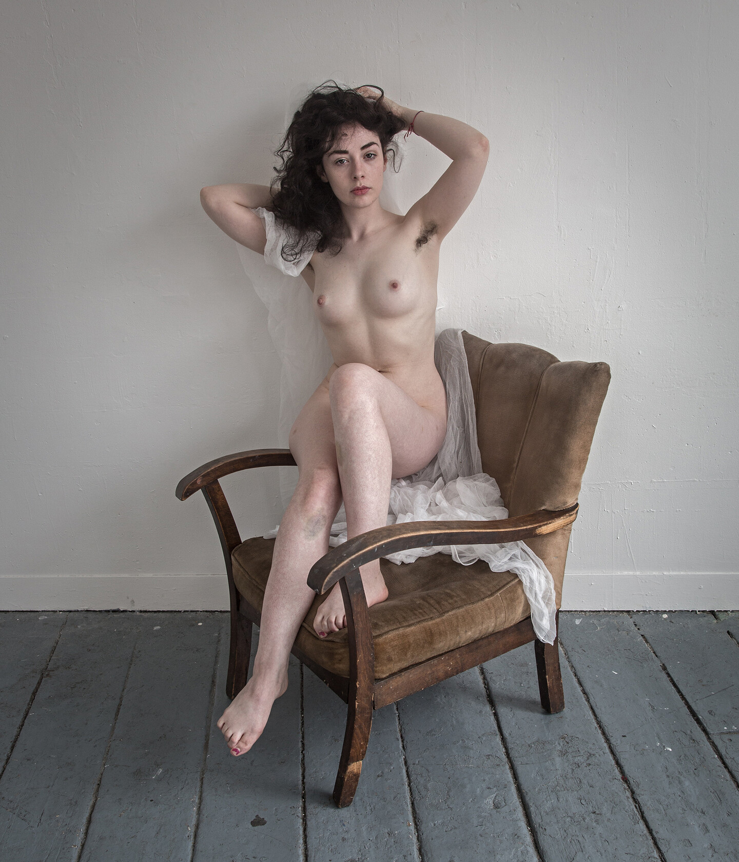 Difference between nude and naked art
